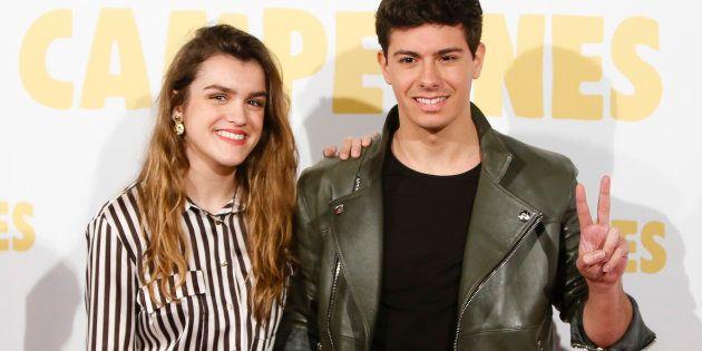 Amaia Romero y Alfred García, durante el estreno de la película 'Campeones' en Madrid el 3 de abril de