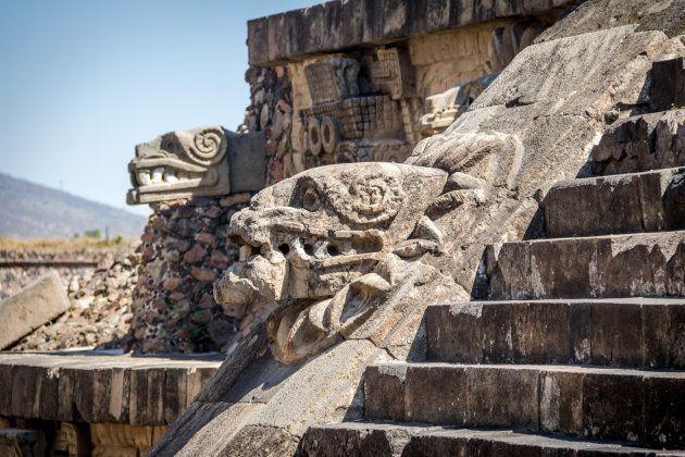 El primer capítulo de 'Juego de Tronos' se traslada a México y Twitter