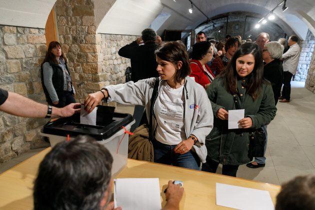 Participantes en el referéndum del