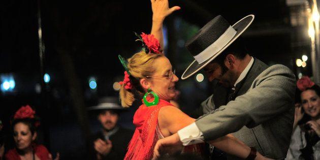 La chuleta definitiva para que los hombres aprendan a bailar