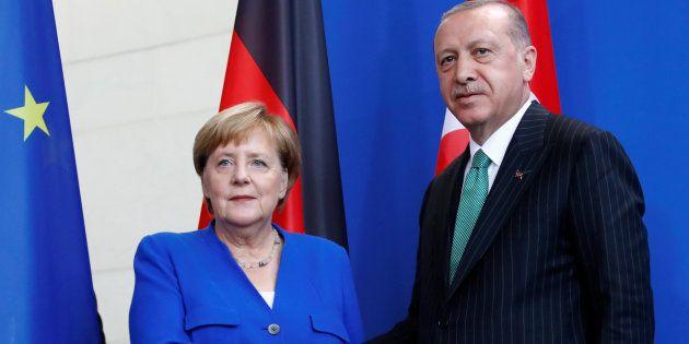 La canciller alemana Angela Merkel y el presidente turco Tayyip Erdogan este