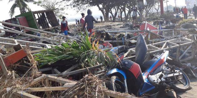 Las autoridades elevan a 384 el número de muertos por los seísmos y el tsunami en