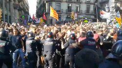 Cargas en Barcelona durante las manifestaciones de apoyo a los Policías y Guardias Civiles del