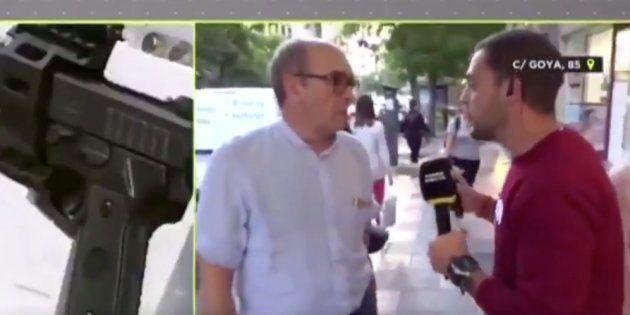 Cachondeo con la inesperada respuesta de un hombre a un reportero de
