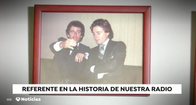 Mónica Carrillo piropea a Matías Prats en pleno telediario por una foto de cuando era