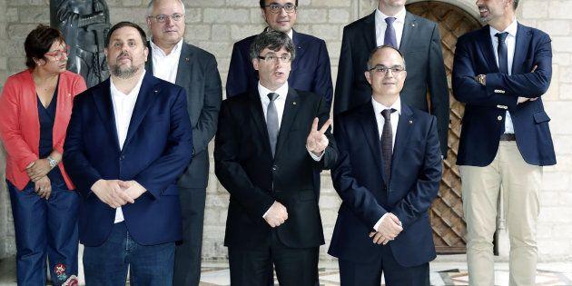 Puigdemont y Junqueras junto al nuevo