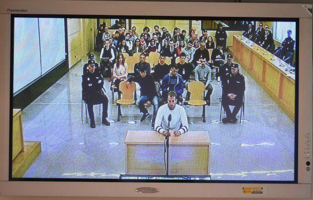 Monitor de la sala de prensa de la Audiencia Nacional de San Fernando de Henares que retransmite el