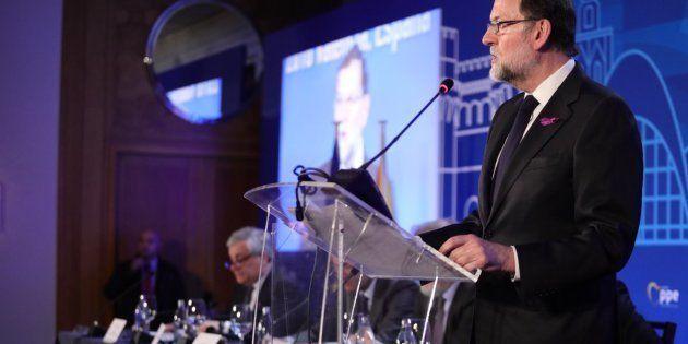 Mariajo Rajoy con lazo morado el pasado 8 de marzo en