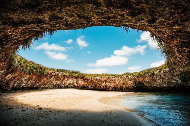 La Playa Escondida, en las Islas Marietas de Puerto Vallarta,