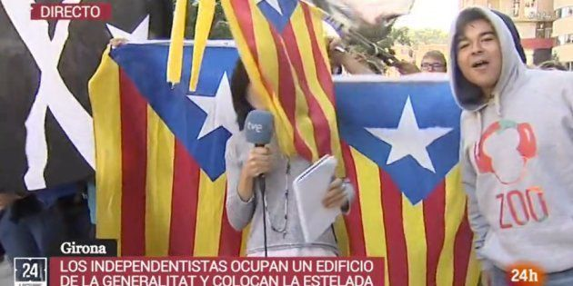Manifestantes independentistas boicotean a una reportera de TVE: