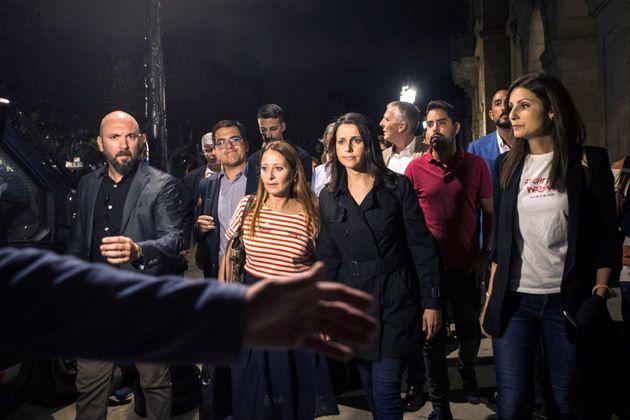 GRAF7882. BARCELONA, 01/10/2018.- El grupo parlamentario de Ciudadanos, encabezado por In�s Arrimadas...