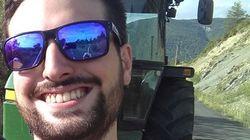 Un tuitero se encuentra con Jake Gyllenhaal en su pueblecito de Huesca y se hace un selfie