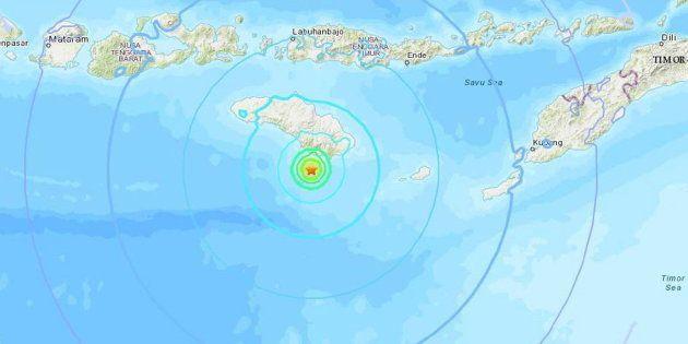 Mapa geográfico cedido por el Servicio Geológico de Estados Unidos hoy del epicentro del terremoto en