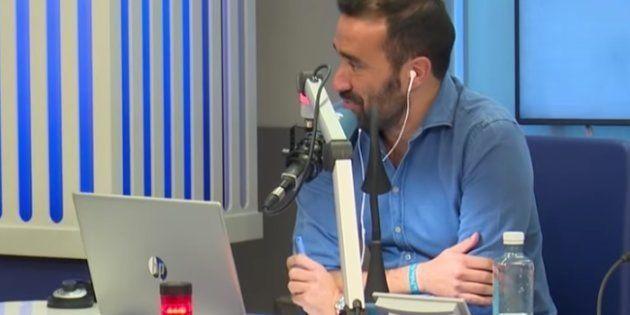 Interrumpen a Juanma Castaño con un eructo en directo en 'El Partidazo' de la