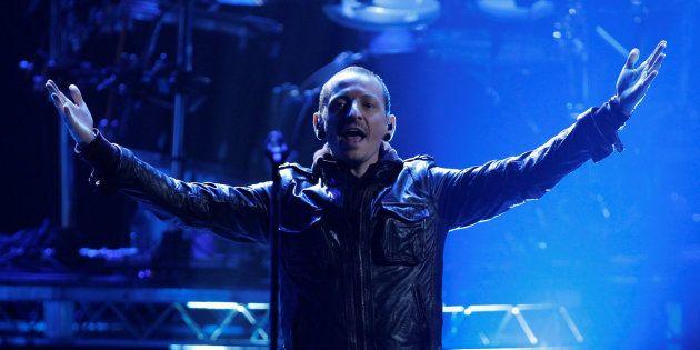 Chester Bennington en los American Music Awards en Los Angeles en noviembre de