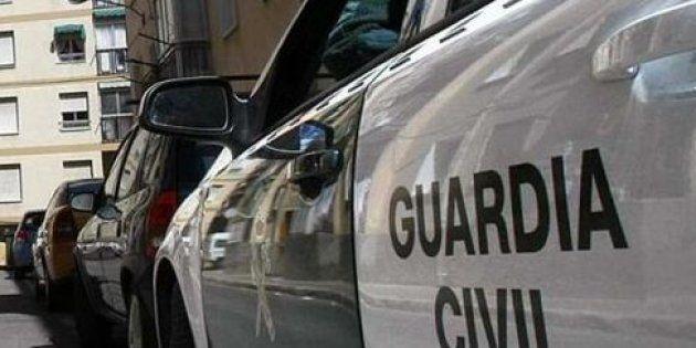 La Guardia Civil alerta sobre algo que todos hacemos en carretera y que hay que dejar de hacer cuanto