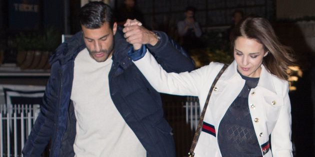 La tremenda pillada a Paula Echevarría y a Miguel Torres besándose en plena
