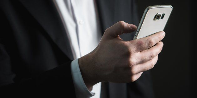 Si estás harto de atender el móvil fuera de tu horario laboral, tenemos buenas