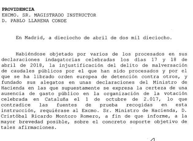 El juez Llarena pide a Montoro que explique por qué dice que no se utilizó dinero público para el