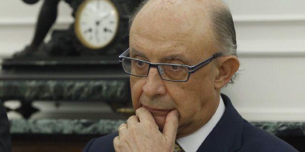 El Gobierno aumentó su control sobre la Generalitat tras detectar un desvío de 6.150