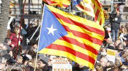 Escritores y artistas catalanes rechazan el referéndum