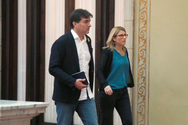 El portavoz de ERC, Sergi Sabriá, y la portavoz y consellera de la Presidencia de la Generalitat Elsa...