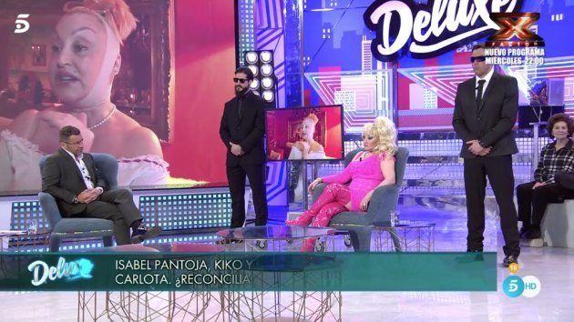 Aramis Fuster Expulsada De Sábado Deluxe Por Insultar Gravemente