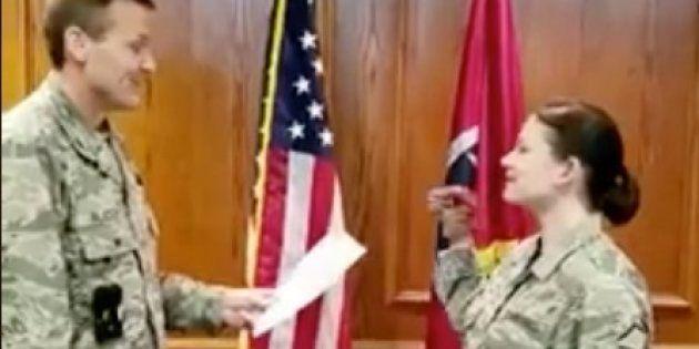 Tres militares de EEUU sancionados por jurar el cargo con una
