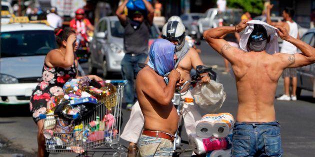 Al menos 27 muertos en la oleada de protestas en