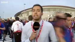 Un reportero de Betevé es atacado en una conexión durante la Copa del