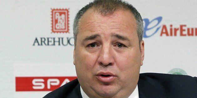 El presidente de la UD Las Palmas detenido al llegar al aeropuerto de Gran