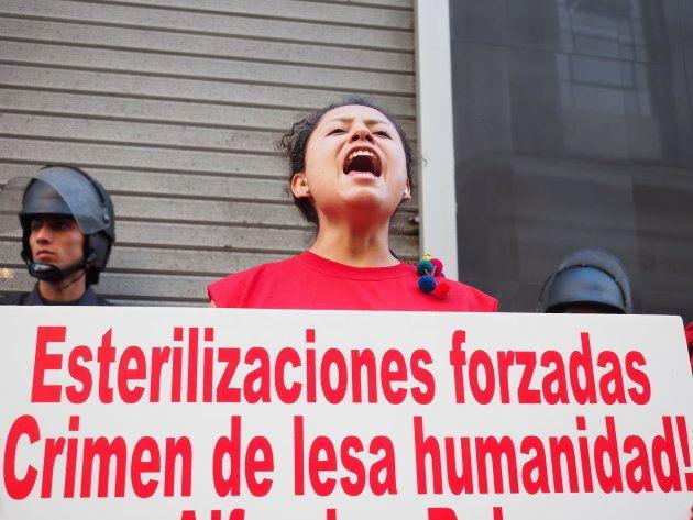 Una mujer denuncia la impunidad por las esterilizaciones forzadas en Perú durante el Gobierno de Alberto