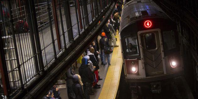La foto que demuestra que te puedes encontrar DE TODO en el metro de Nueva