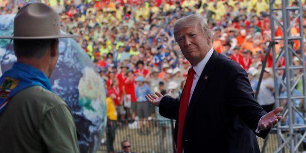 El presidente de EEUU, Donald Trump, tras su discurso en la reserva scout de Virginia occidental, el...