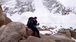 Dos españoles sobreviven a una gran avalancha de nieve y lo