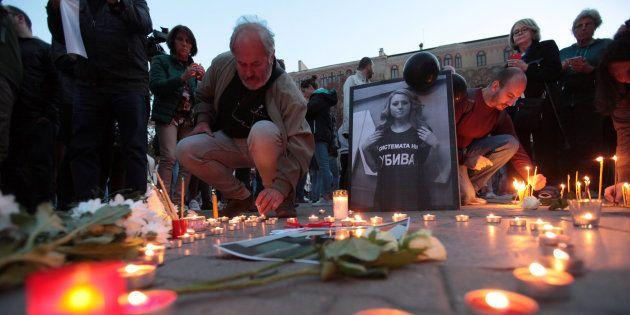 Acto por la memoria de la periodista búlgara asesinada, Viktoria