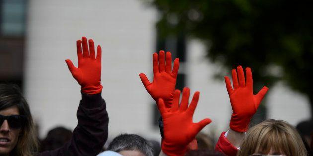 Manifestantes en los juzgados de