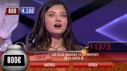 Esta joven patina en geografía por la confusa formulación de una pregunta sobre Canarias en