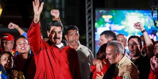El presidente de Venezuela, Nicolás Maduro, celebra los