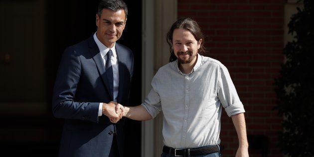 Pedro Sánchez y Pablo Iglesias cierran un principio de acuerdo para los