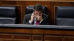 Asociaciones de jueces y fiscales exigen en bloque la dimisión de Catalá por sus comentarios sobre un juez de 'La