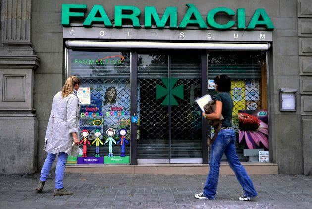Una farmacia en Barcelona durante la huelga en octubre de