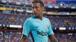 Neymar deja el Barça y ficha por el