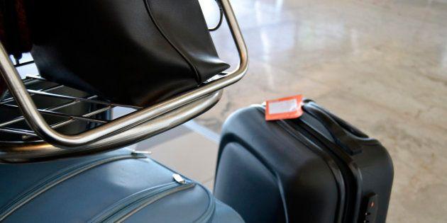 Un paquete radiactivo permanece 12 días en el aeropuerto de Bruselas sin ser