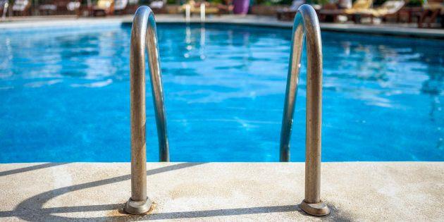 Una piscina, en una imagen de