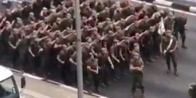 Los soldados, antes del