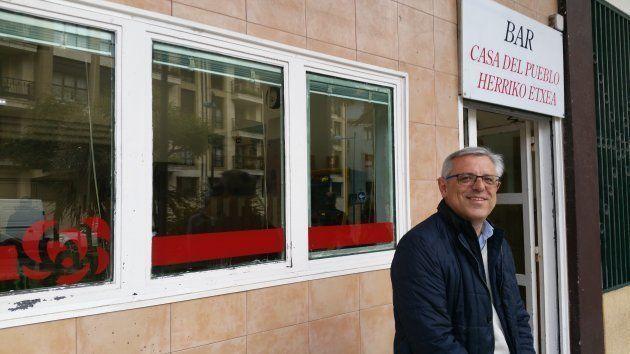 José Ángel Rodríguez, concejal del PSE en Rentería, en la sede