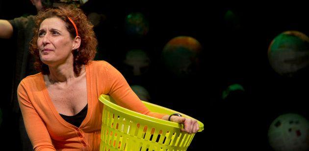 Miriam Montilla como Alma en Fiesta, fiesta,