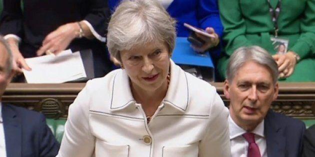 La primera ministra británica Theresa May en el Parlamento