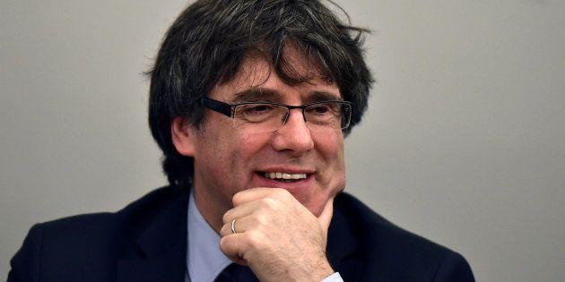 El Parlament de Cataluña aprueba la ley que permitiría investir a Puigdemont a